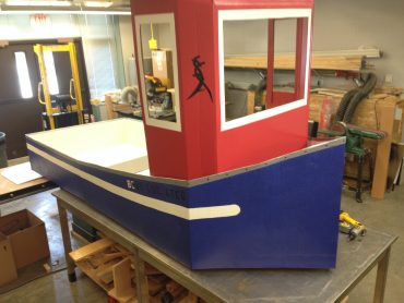 Bond LSC staff prepares boat for April 12 fundraiser